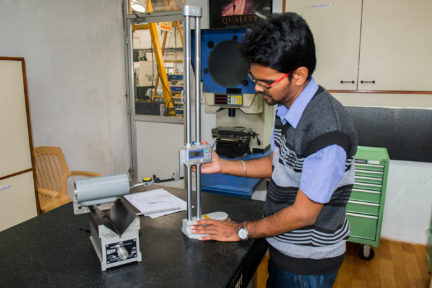 Climate controlled metrology lab